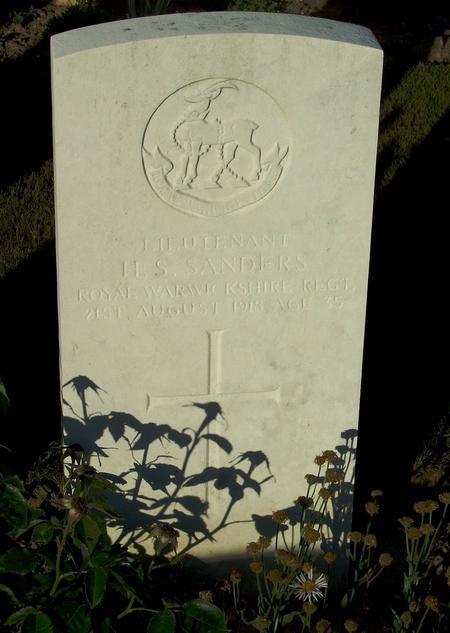 Grave of Lt. Henry Sacheverel Sanders