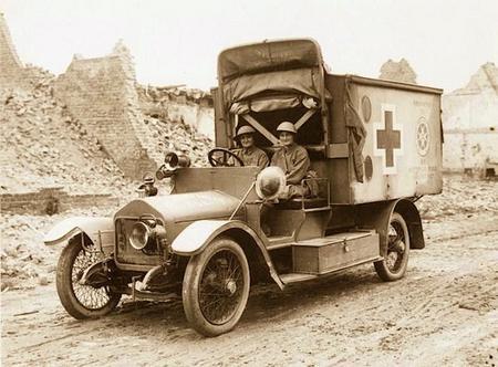 Working in Pervyse Belgium 1916