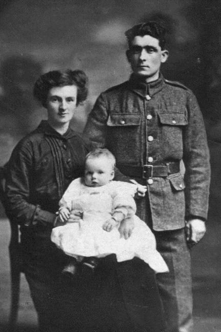 John & Mary Campbell (Nee Morrow) & baby Martha.