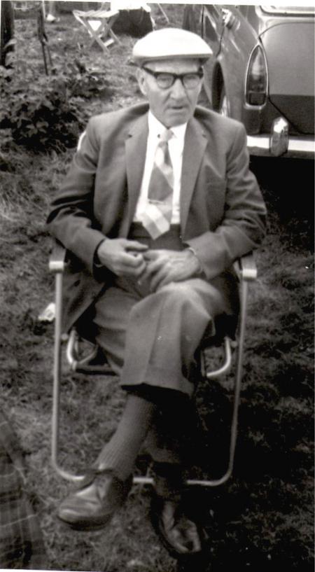 Profile picture for Albert Addis