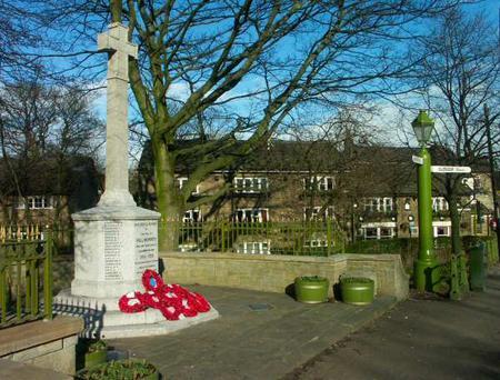 Hollingworth War memorial