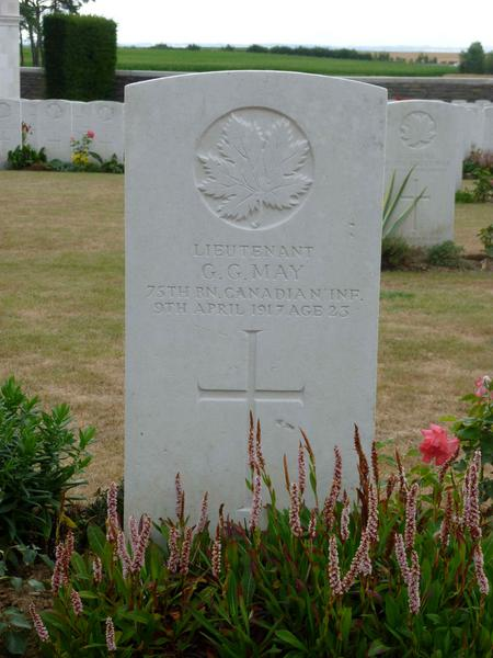 Headstone at Canadian Cemetery No. 2 (Vimy)