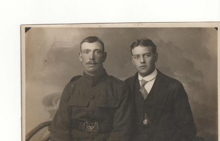 Rifleman Edward James Higley (left) with brother .