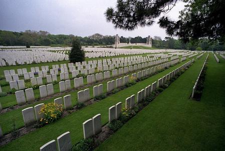 Etaples Military Cemetery, Pas de Calais, France 3
