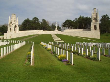 Etaples Military Cemetery, Pas de Calais, France 4