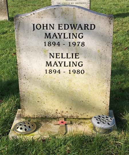 John Mayling's headstone