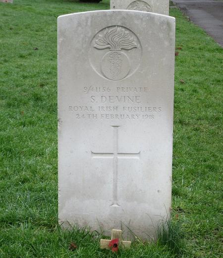 Profile picture for Samuel Devine