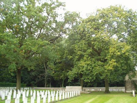 Gorre British and Indian Cemetery, Pas de Calais 2