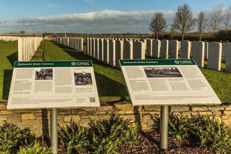 Zantvoorde British Cemetery, West-Vlaanderen - 5