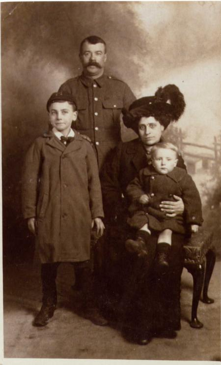 Robert Henry King with his family