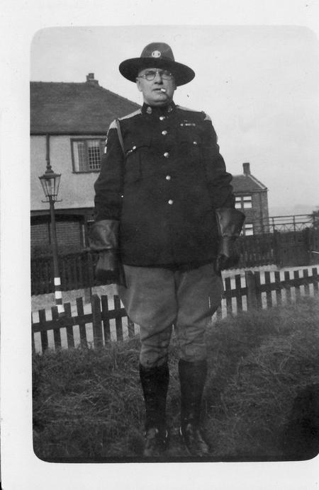 Charles Kelly in Legion of Frontiersmen uniform