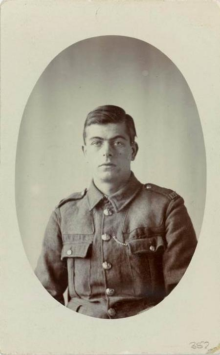 Portrait photograph of William Martin