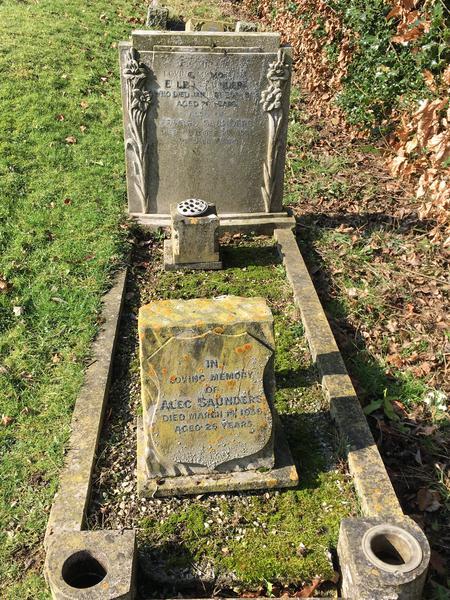 Grave of Edward, Ellen and Alec Saunders