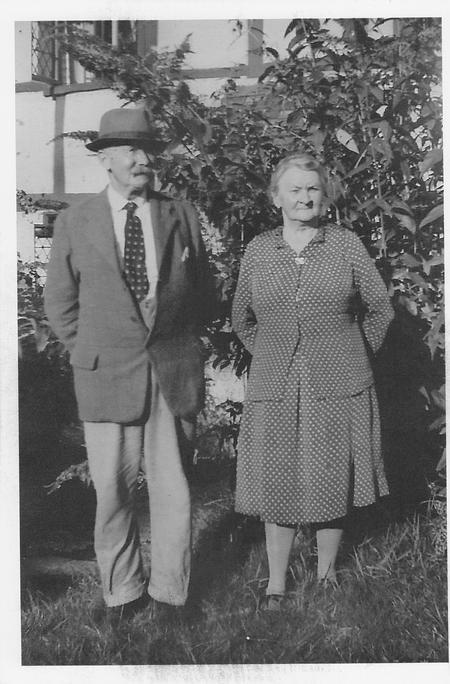 Photograph of John and Rosa Vincent circa 1945