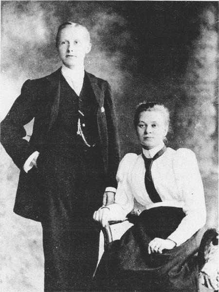 Photograph of John and Rosa Vincent circa 1900