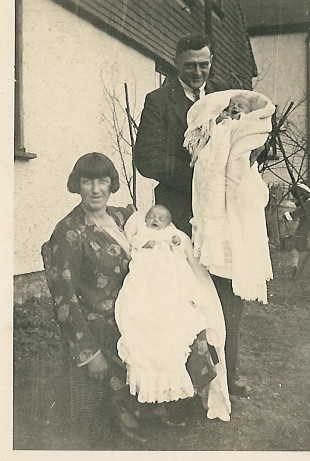 Annie, Arthur, Peter and Robert Gibson