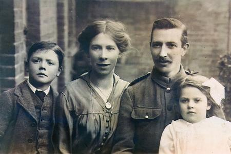 Edward Saunders and family