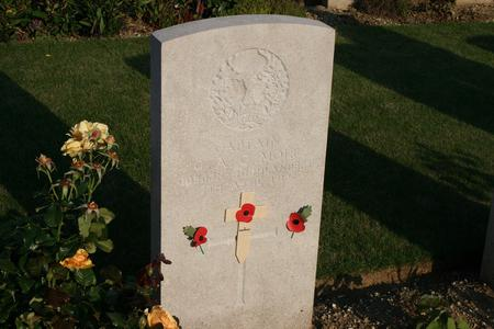 Gravestone for Captain George AC Moir