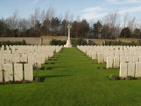Terlincthun British Cemetery, Wimille 1