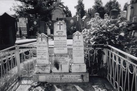 Jessie's grave