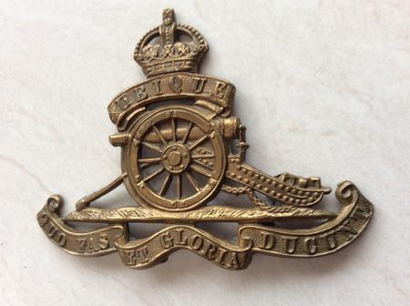 Royal Field Artillery cap badge