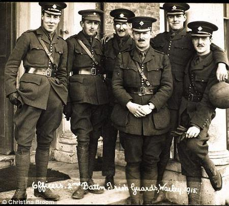 Jack + officers of 2nd Irish Guards