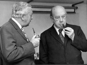 JB the socialist- meets fellow pipe smoker