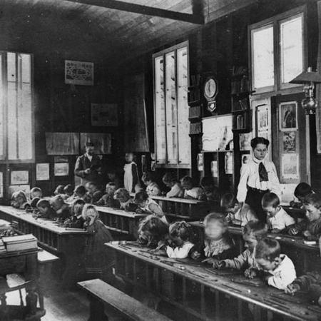 Schoolroom 1910
