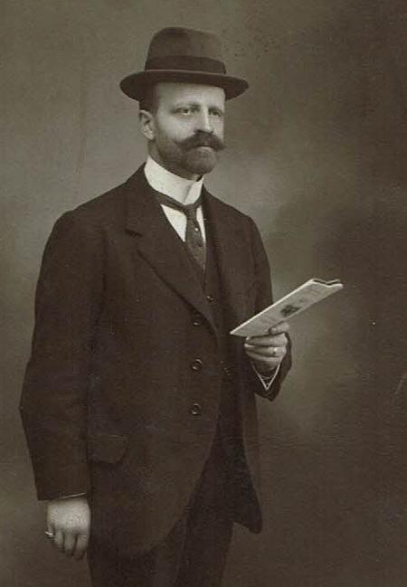 Profile picture for Leon Charles Antoine Marie Joseph Dujardin