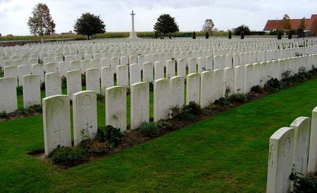 Mendinghem Military Cemetery