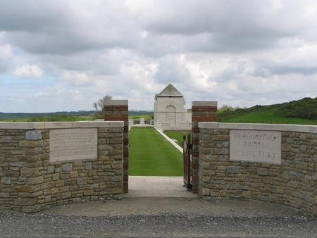 Terlincthun British Cemetery, Wimille 4