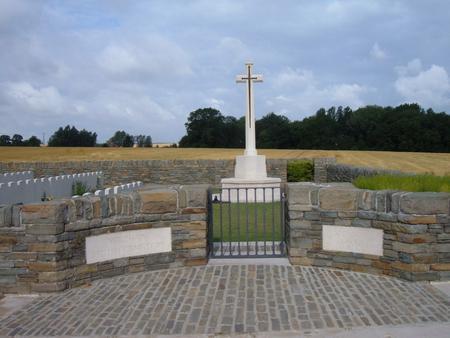 Verchain British Cemetery, Verchain-Maugre, Nord 2