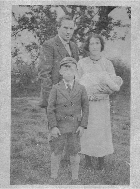 Family photo taken 1923