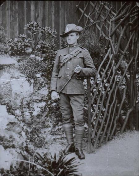 Sydney in Boer War Uniform
