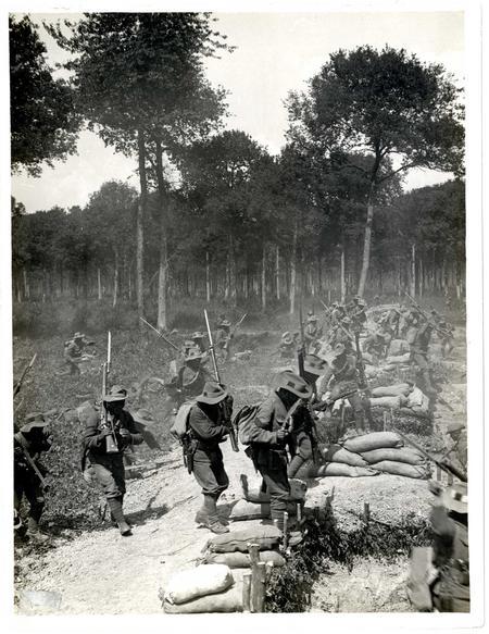 1/1st Gurkha Rifles attacking a trench