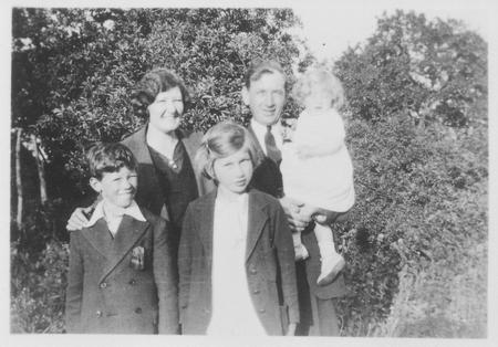 Robert Greenhill and family