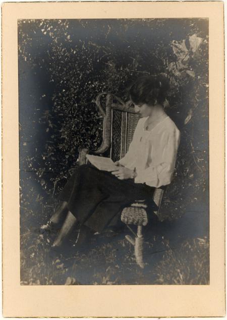Annie Roscoe Smith
