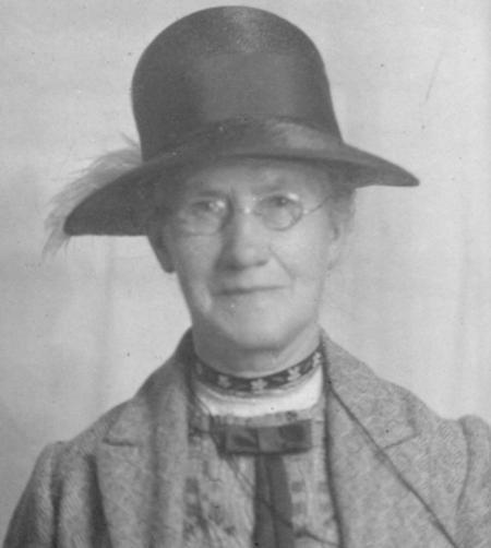 Profile picture for Ellen Trethewey