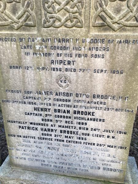 Family gravestone Springbank