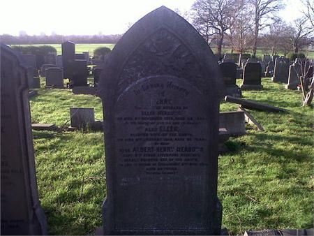 memorial to albert henry on parents gravestone