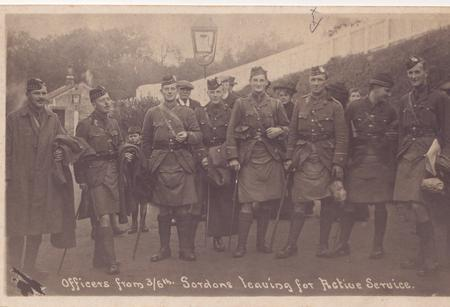 Officers from 6th Gordons Keith Railway Station