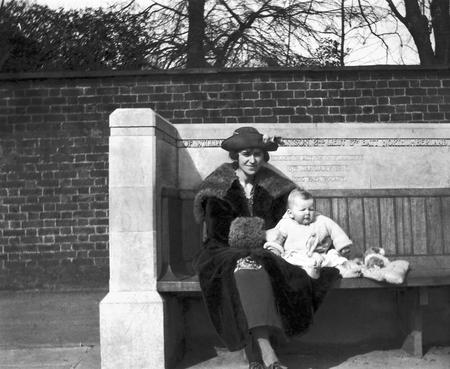 Marie Montgomery & her son Michael, 1919