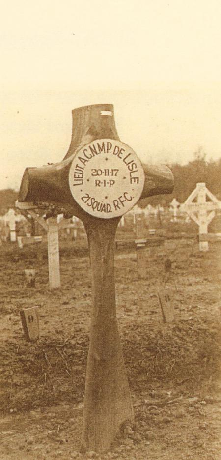 Propeller at the grave of Lt A C N M P De Lisle