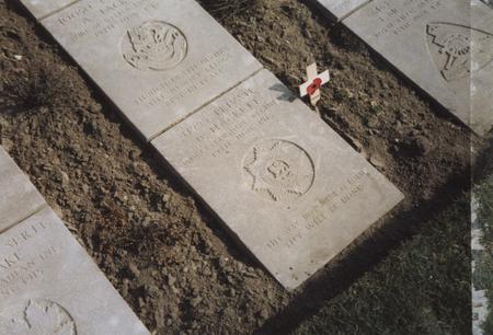 Grave of Pte David Hackett, 1 Bn Worcesters