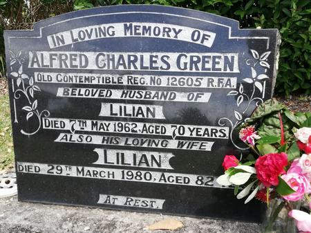 Headstone of Alfred and Lilian Green, Onerahi