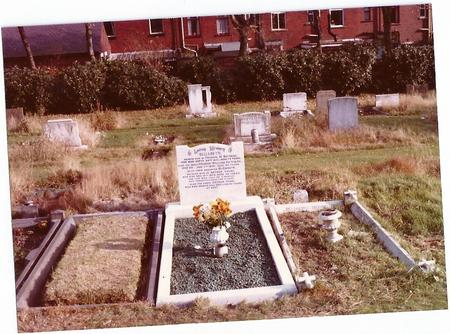 Grave of Arthur Young