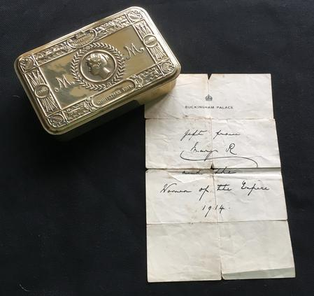 Christmas 1914 Gift Box